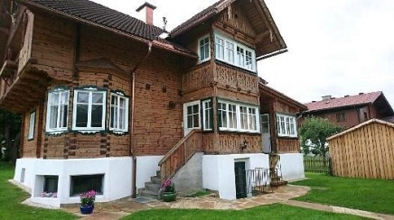 Country house for sale in traditional style