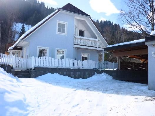 Attractive family home on the edge of Schladming