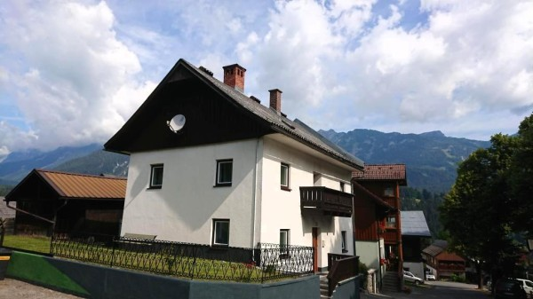 Walking distance to the main Gondola in Haus in Ennstal