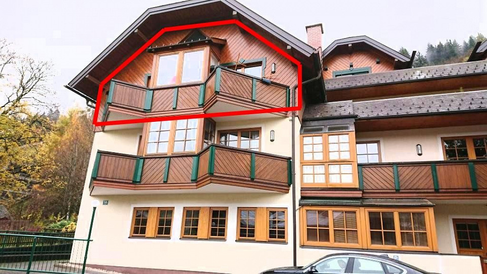 Wonderful apartment for sale right by the Planai gondola in Schladming