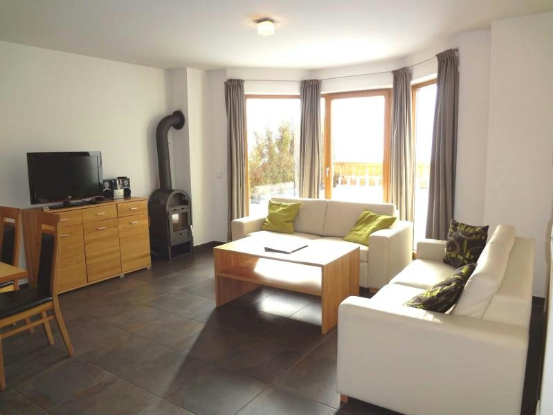 Apartment on the sunny side of Maria Alm with marvellous views over the village.